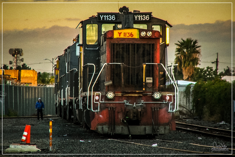UPY 1136 on the engine tracks at West Anaheim - Feb 18th 2006